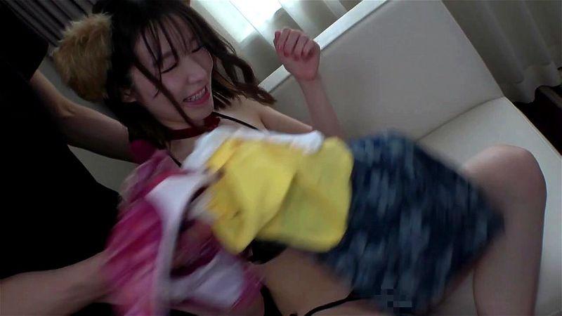 〖素人ナンパ〗『んっ、入ってる…♥』新宿西口で見つけた巨乳美少女!ケモ耳つけて激ハメされちゃう従順娘に大興奮