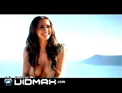 Alexandra Salai  nackt