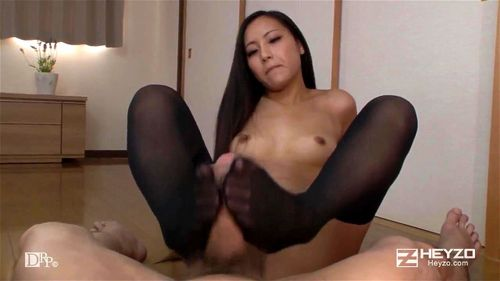 Female squirting lesbian golden showers
