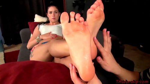 Lesbian Foot Worship Fuck