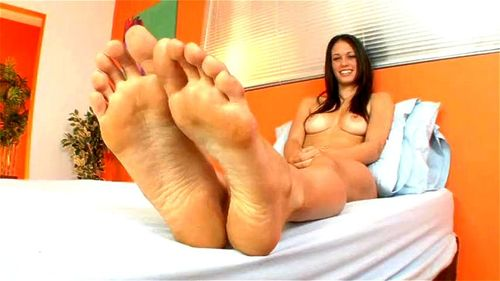 Erotic Feet – Tiffany Thompson