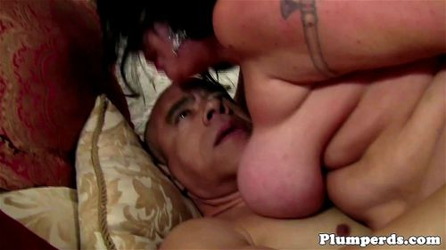 cfnm slut gets fingered