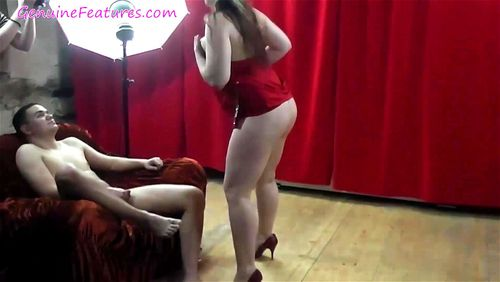 Curvy MILF cannot wait to suck a cock