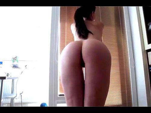 White Girl Big Booty Twerk