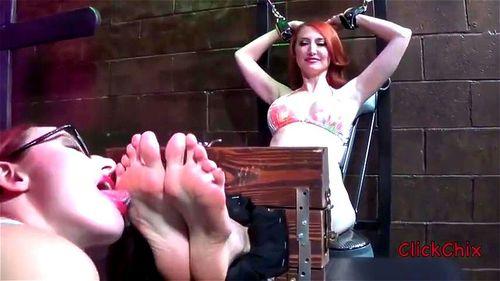 Sweaty Lesbian Foot Worship