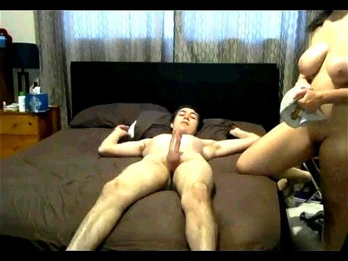 Thick White Girl Gets Creampie