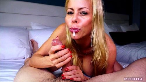 Double Blowjob Cum Mouth