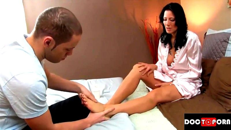 Step Mom Gets Creampied Son
