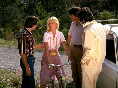 Vacances organisées pour filles en chaleur (French classic full movie 70s)