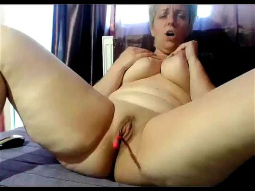 Mature Shaved Pussy Solo