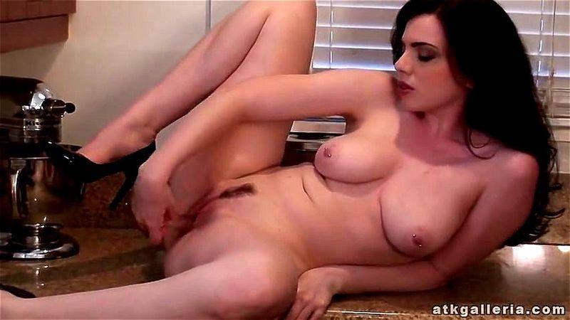 Sarah Hunter Hardcore