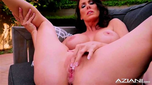 Sexy MILF Reagan Fox Dildos her Wet Pussy Outdoor Porn ...