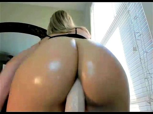 Big Ass Girl Riding Dildo