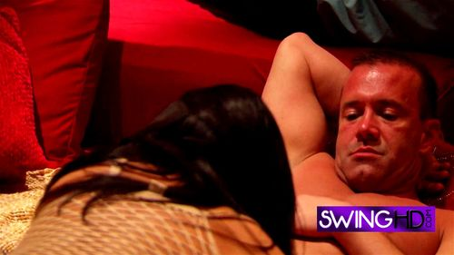 Watch Southern Newbie Couple Decides To Join The Swingers
