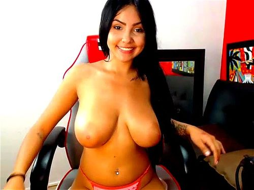 Jazmin topless webcam
