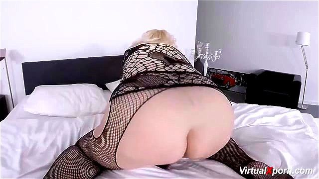 Big booty fucking at home