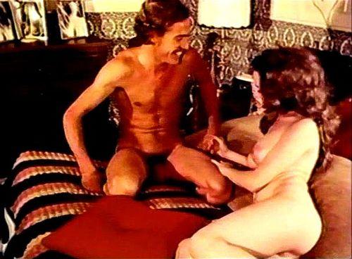 Estella warren nude boobs