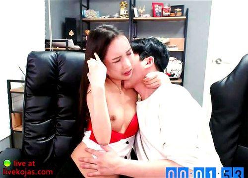 Big Lips Lesbian Kissing