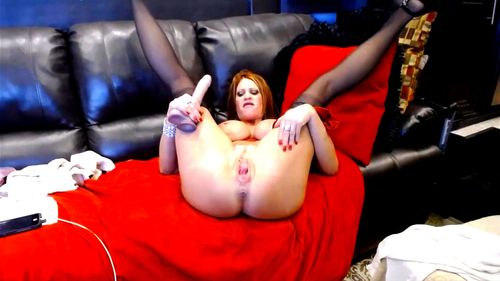 I M Sexy Milf Jade With Big Tits Fists Her Pussy And Gets Cum Porn