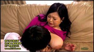 介抱してくれる爆乳な義母の身体に触れた瞬間お義母さんを犯すことに決めましたwww