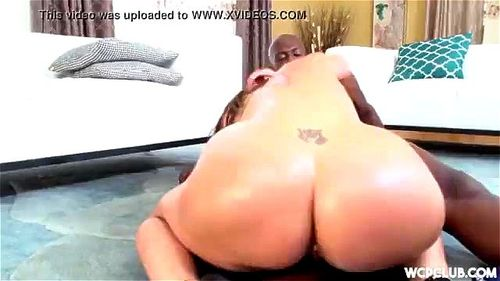 hotel boss has sex