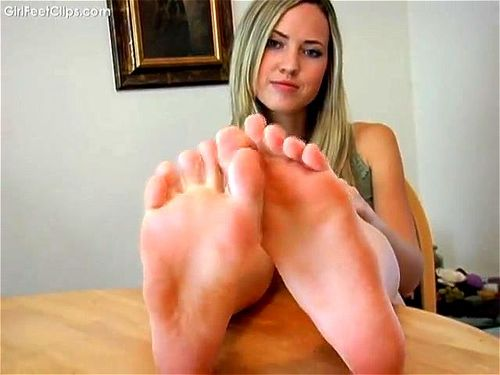 blonde feet
