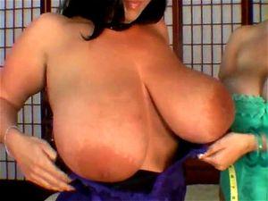 Große busen porno Große titten