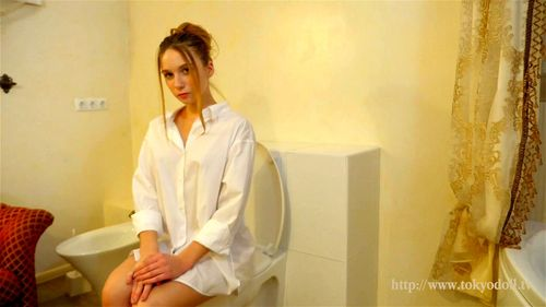 beghe vid 6 - Beghe, Gemma Louise, Tokyodoll, Babe, Solo, Striptease