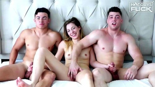 Threesome 2 Guys 1 Girl