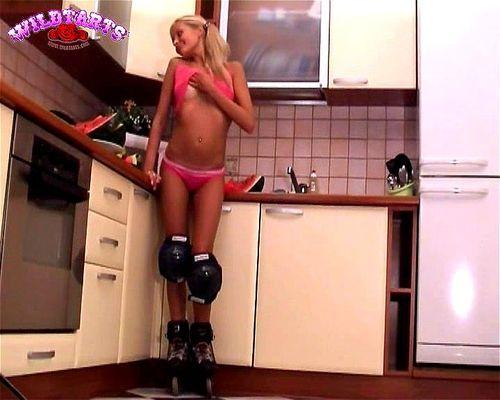 Blonde Teen Webcam Orgasm Solo