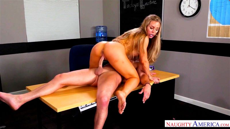 Nicole aniston naughty america