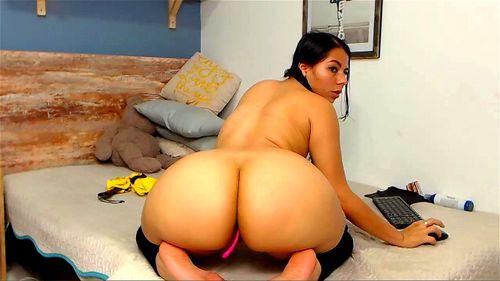 Big Booty Latina Cam Girl