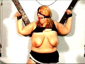 Sklavin fette Knebeln und