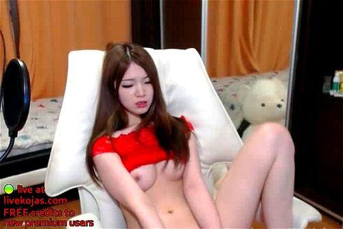 Asian Teen Masturbates Cums