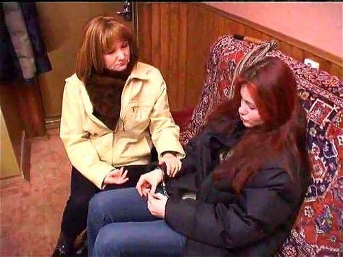 Lesbian Mom Teen Tribbing