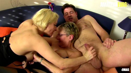 AmateurEuro - German Swingers Are Getting Naughty (Erna & Oda Amelie) - Oda Amelie, Swingers Party, Amateur, Big Tits, Blonde, (フェラ)blowjob Porng