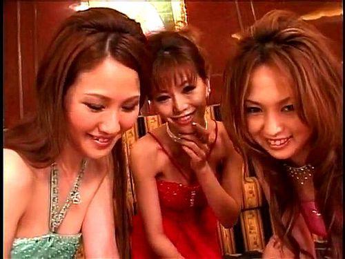 抜きキャバ嬢に扮した3人のAVギャルは,最高です。 紅音ほたる(秋月杏奈) 宝月ひかる 月嶋りお