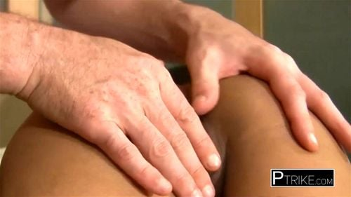 Asian cute babe gets hard nailed by a white big dick after gets the asshole and pussy. - Amateur, Asian, Pov, Teen, Filipina, Prostitute Porn