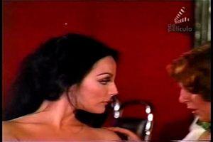 Sasha Montenegro  nackt