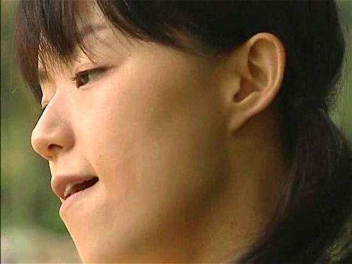 Japanese Wife Orgasms Creampie