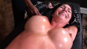 huge natural boobs riding