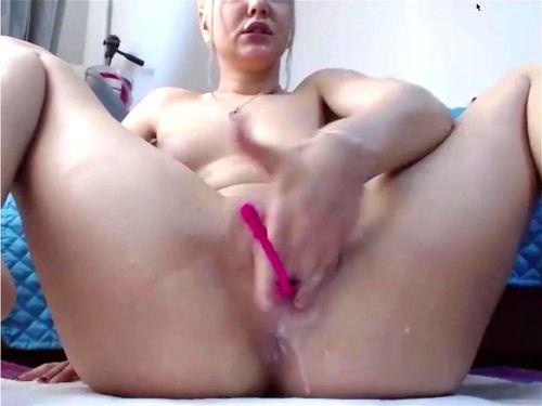 Hot Teen Masturbates Webcam