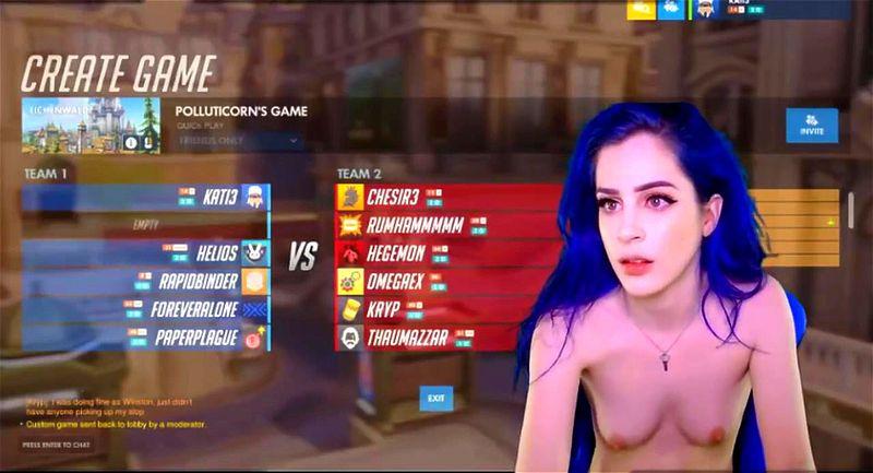 Nude Gamer Live
