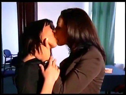 Porn lesbian soft Популярные эротика