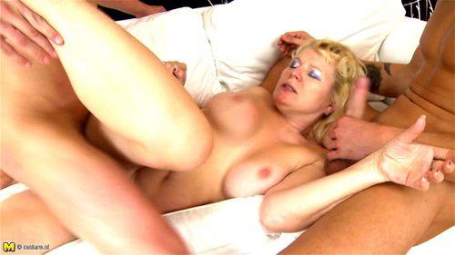 Blonde Threesome Anal Cum Swap