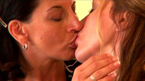 Lesbian Milfs Kiss & Make Up - Melissa Monet, Lesbians, Milf, Mature, Big Ass, Lesbian Porn ▶25:41