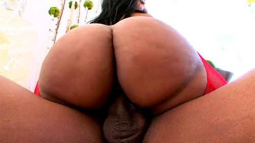 Big Titty Ebony Sucking Dick