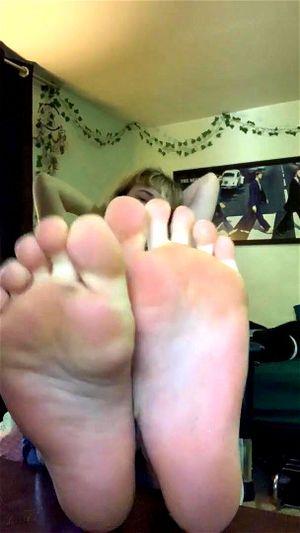 Cute Feet Porn Solo