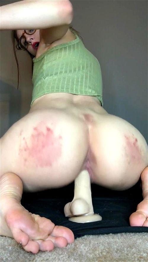 Hot White Girl Riding Dick