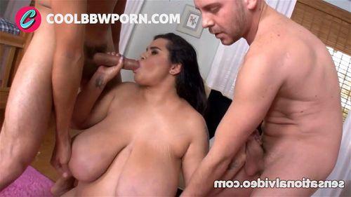 wet t shirt masturbation